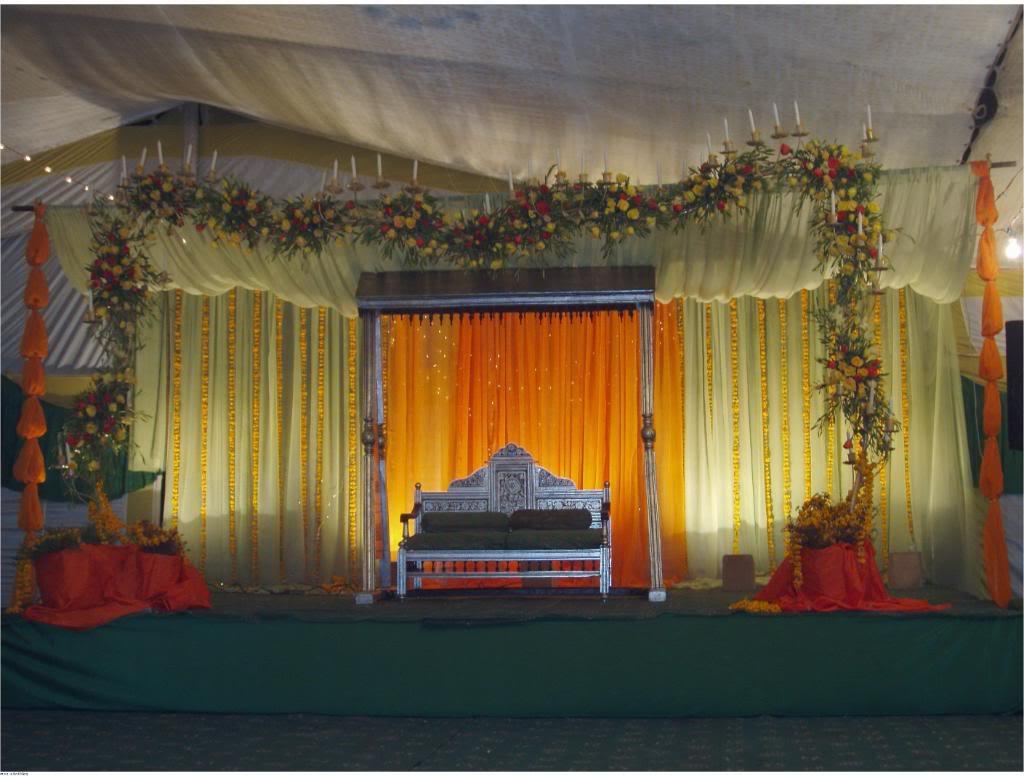 Chebria 39 s blog re mehndi stage decoration for Arabic stage decoration