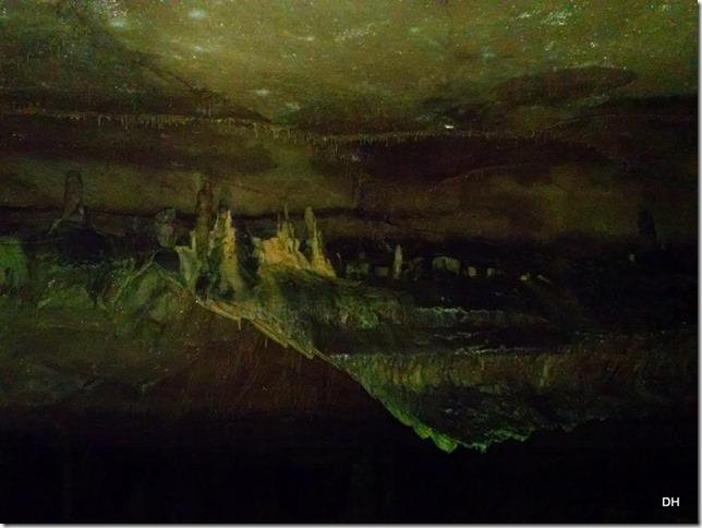 10-30-15 A Cave Tour (84)