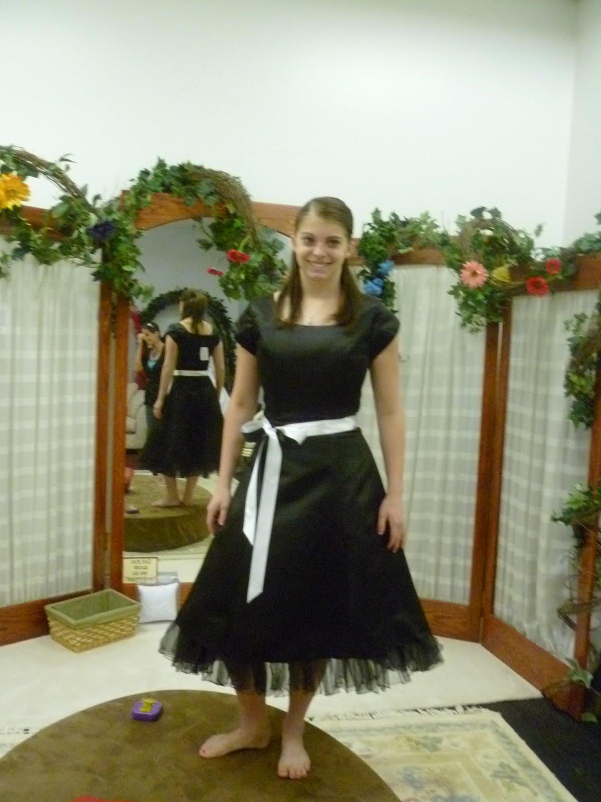 Boulevard Bridal has modest wedding dresses, modest prom & bridesmaids