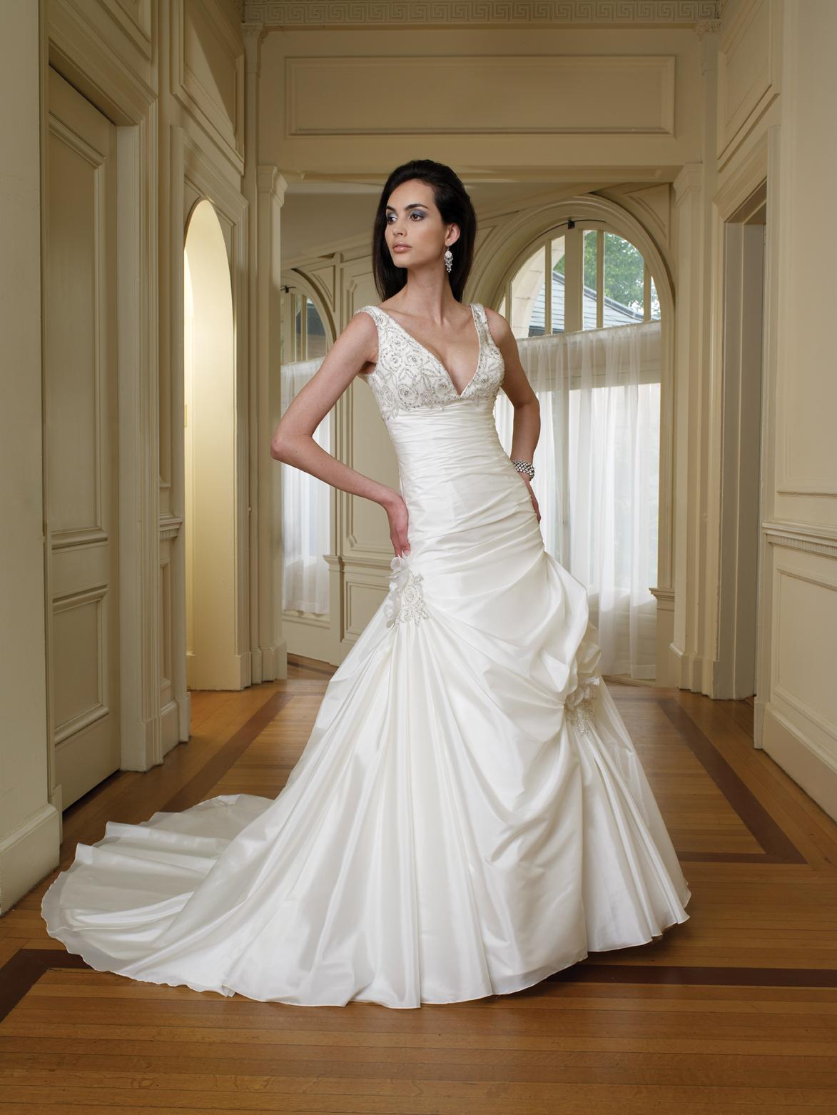V-neck Beadings White Taffeta Zipper Backless Dropped Waist A-line Wedding