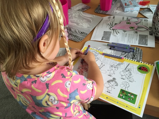 ben and holly colouring in