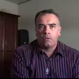 Vidéo: Jugé pour espionnage en Algérie parce qu'il photographiait son chantier avec un jouet