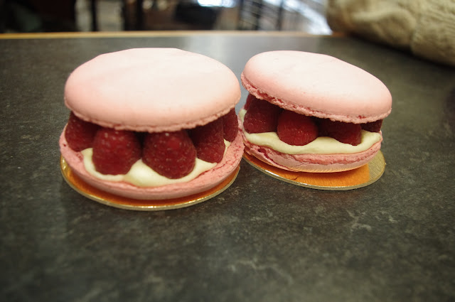 "This is called ""Macaron Rose-Framboises"". It was, without a doubt, the yummiest thing I've ever eaten in my life. MMMMMMMM!"
