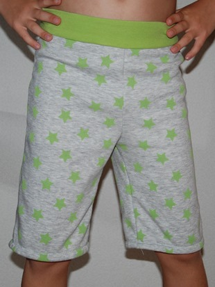 green stars shorts