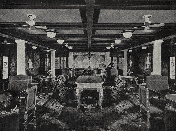 Hall del JUAN SEBASTIAN ELCANO. Libro de Información para el Pasajero. Años 1931-1932.jpg