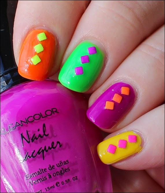 Farbspiel Neon Shuffle Nail Art Nageldesign Studs 01
