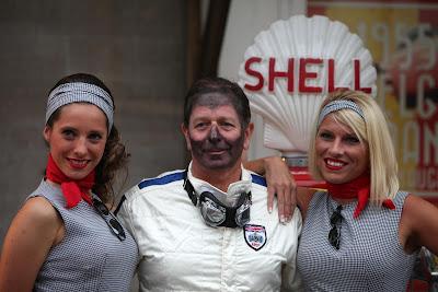 Мартин Брандл и девочки на мероприятии Shell перед Гран-при Бельгии 2013