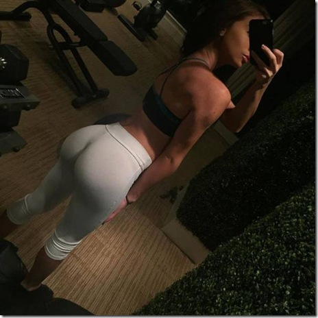 yoga-pants-girls-027
