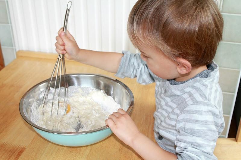 making miffy fairy cakes