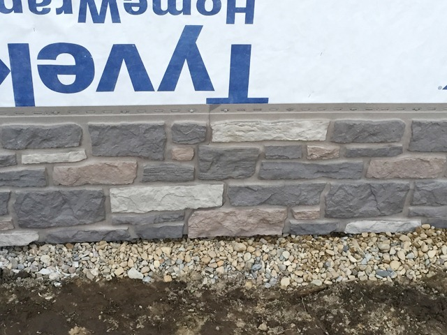 Exteria Creek Ledge Stone Install Seam