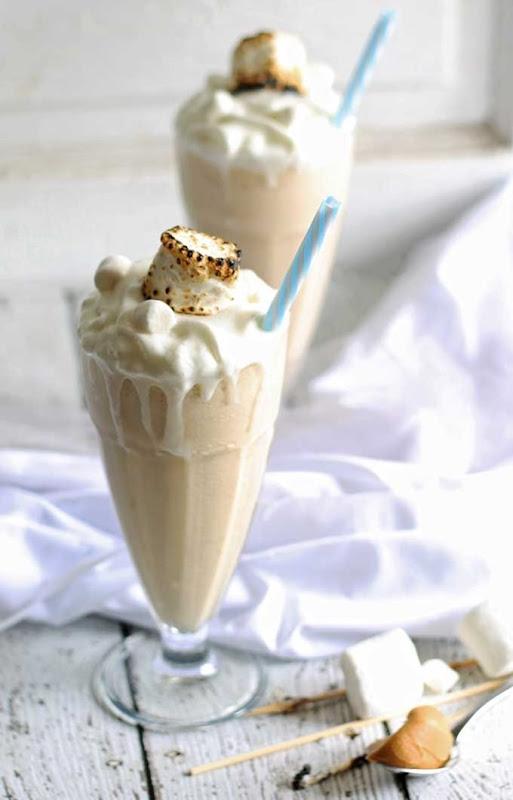 toasted-marshmallow-peanut-butter-milkshake-5