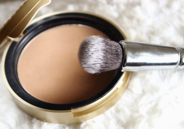 Zoeva 110 Face Shape Brush