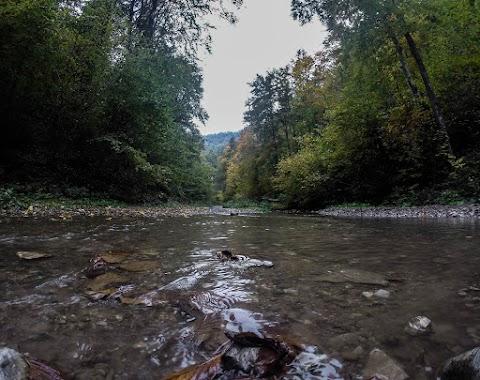 Poráčsky potok, Galmus.