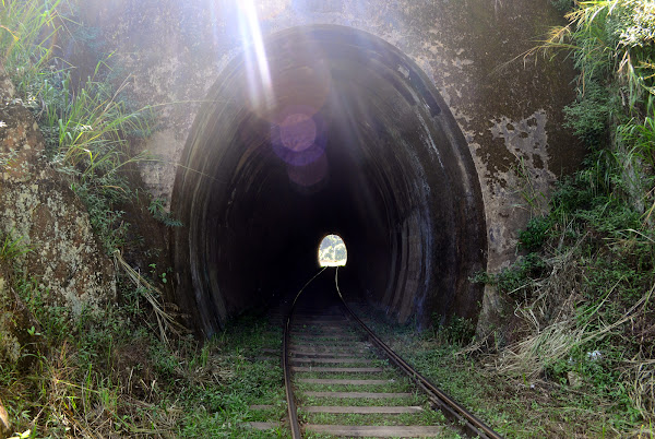 Железнодорожный тоннель, Элла