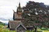 De staafkerk van Vikøyri.