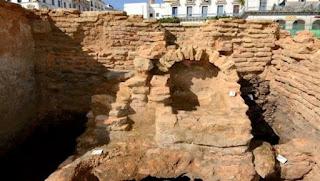 Formation d'un premier noyau d'archéologues spécialisés dans l'inventaire