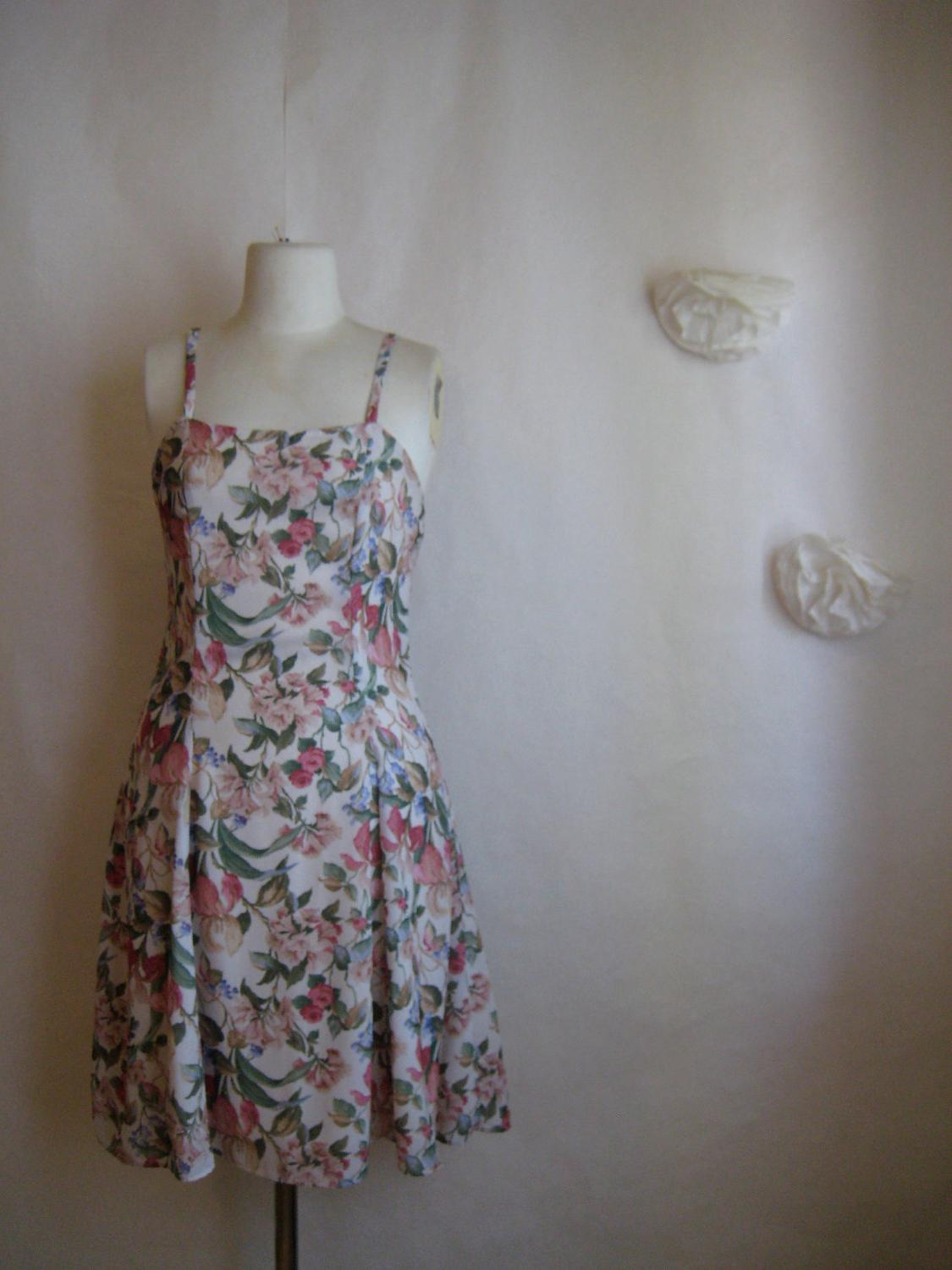 romantic floral dress. pink vintage rose grunge revival dress.