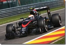 Jenson Button nelle prove libere del gran premio del Belgio 2015