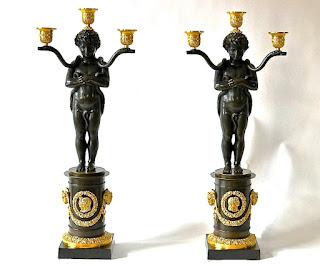 Два бронзовых подсвечника. 19-й век. Высота 63 см. 4000 евро.
