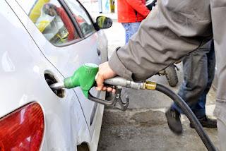 Le ministre de l'énergie l'a affirmé hier, Pas de rationnement de l'essence