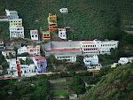 El Colegio de Igueste de San Andrés desde la subida al Semáforo