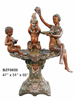 Statuary with Conch Shells Pedestal Fountain