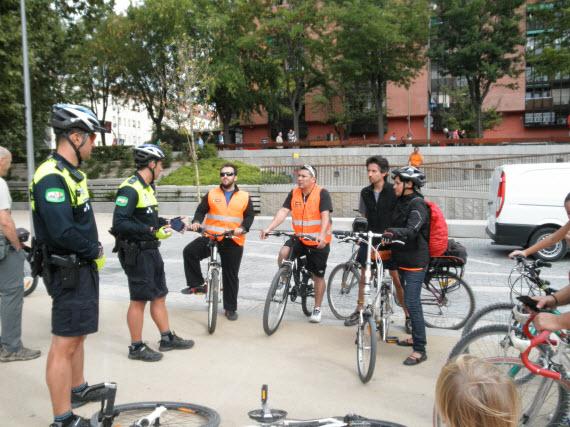 'En Bici con la Policía Municipal': 30 de mayo y 20 de junio de 2015
