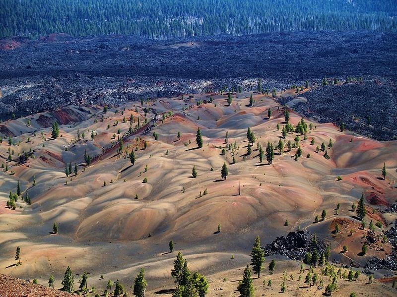painted-dunes-lassen-volcanic-1