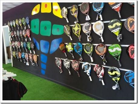 Padel Nuestro abre su primera tienda de pádel en Orihuela.