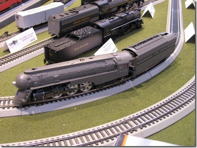 IMG_0714 HO-Scale New York Central Dreyfuss Streamlined 4-6-4 Hudson by MTH at the WGH Show in Puyallup, Washington on November 21, 2009