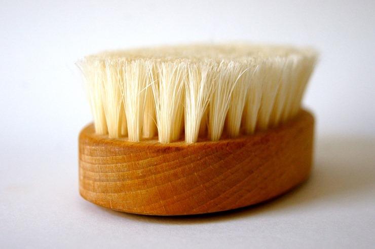 brush-96238_960_720
