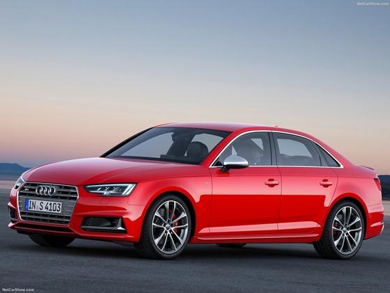 Audi-S4_2017_1600x1200_wallpaper_01