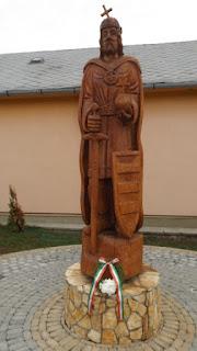 001 Szent István szobra.JPG