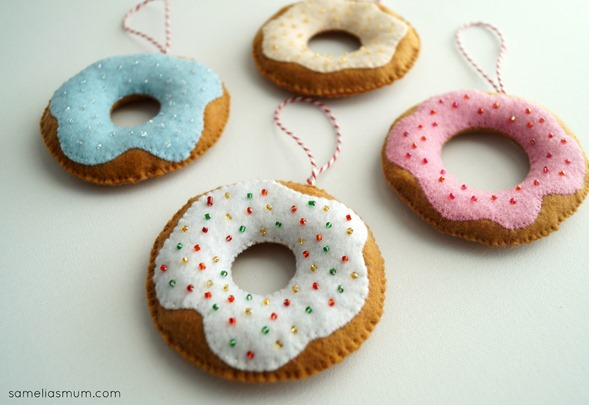 Donut Decorations by Anorina Morris (sameliasmum.com) Handmade Christmas Series