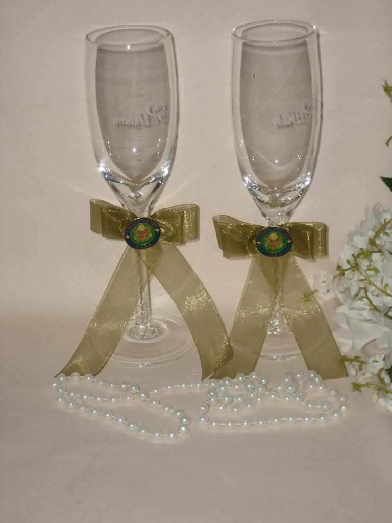 U.S. ARMY MILITARY WEDDING BRIDE & GROOM TOASTING GLASSES