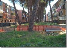 Il degrado nel parco del rione Monterosa