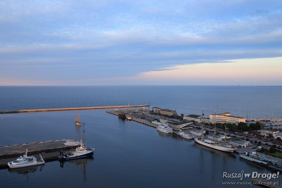 Gdynia Port i przystań z lotu ptaka - widok z Sea Towers
