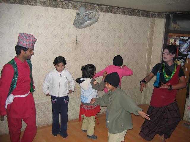 En de kinderen mochten zelfs op het podium dansen