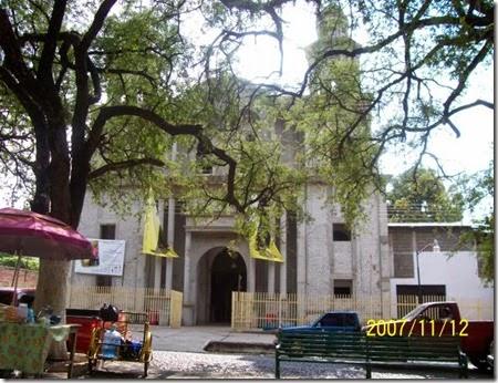 3565-la-huacana-iglesia-de-la-huacana-michoacan