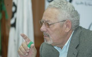 Khaled Nezzar sort de son silence pour répondre aux critiques de l'ancien moudjahid Amar Benaouda