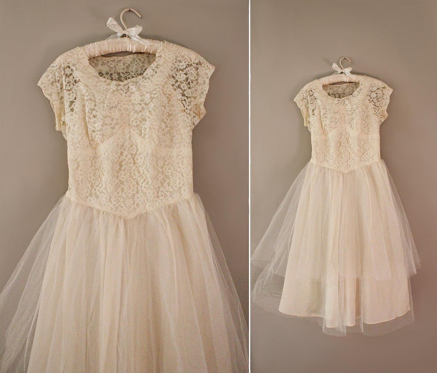 Vintage Wedding Dress   Tea