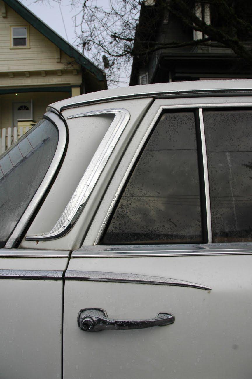 1965 Mercedes-Benz 220SE.