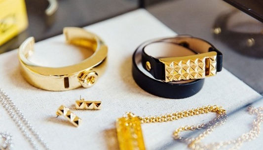 Bezels-Bytes-Fashion-for-your-Fitbit-01