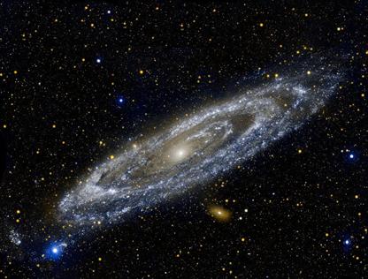 galáxia de Andrômeda em ultravioleta
