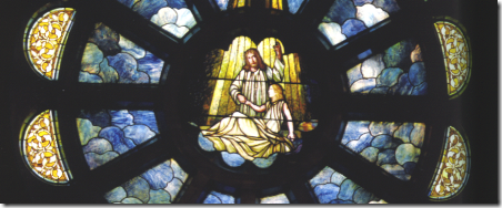 03 Jarius' Daughter (notice how this window resembles Christ Healing) on the Northern wall - Cópia (5)
