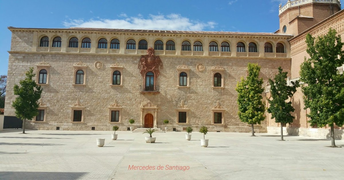 Fotograrte palacio arzobispal alcal de henares for Tanatorio jardin alcala de henares