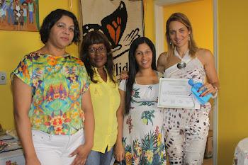 Presidente do Fundo Social entrega certificados do curso de manicure