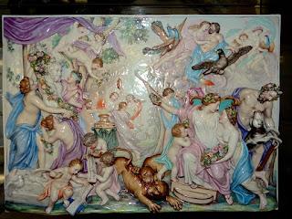Красивый антикварный керамический барельеф. Франция 19-й век. 60/43 см. 6500 евро.