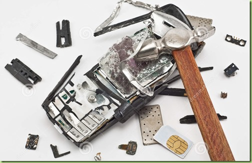 mobile-phone-broken-hammer-19214902