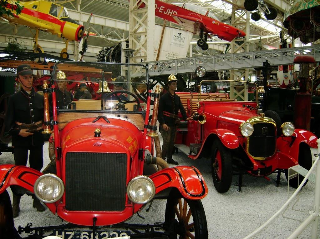 Historische Feuerwehrautos